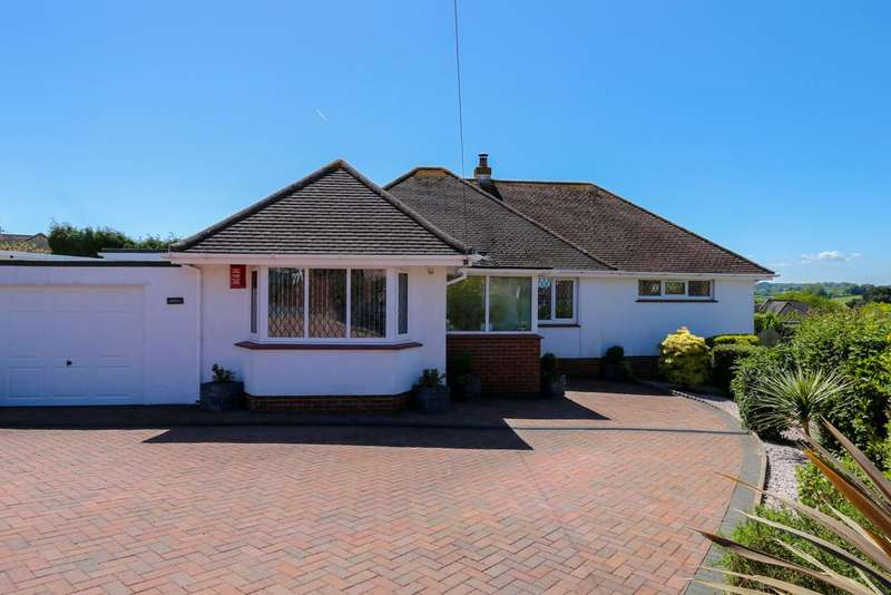 3 Bedrooms Detached Bungalow for sale in St Lukes Close, Newton Abbot