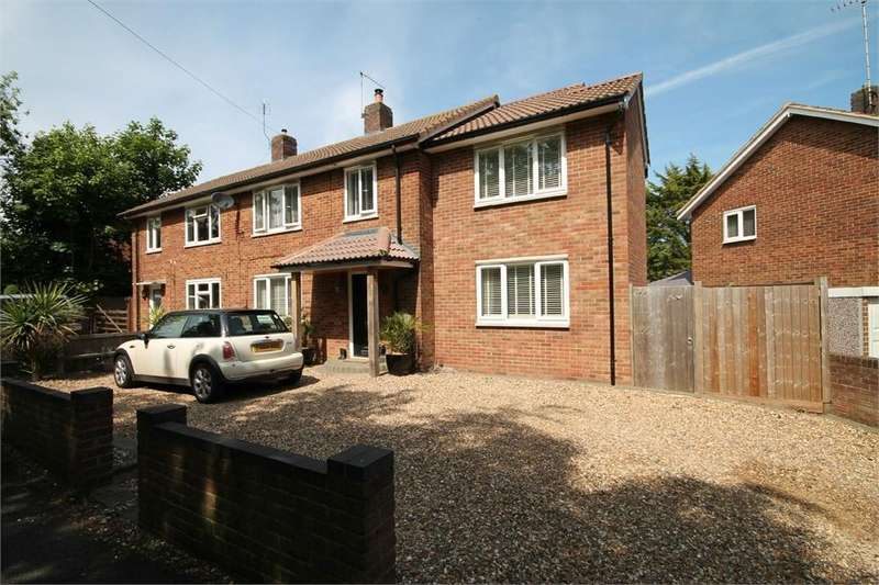 4 Bedrooms Semi Detached House for sale in Burymead, Old Town, Hertfordshire