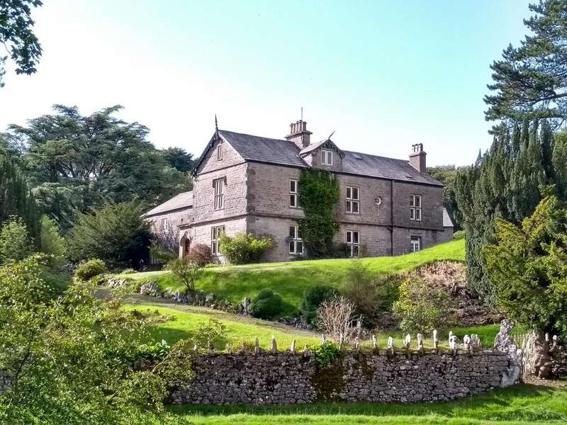 9 Bedrooms Country House Character Property for sale in Weathercote House, Chapel-le-Dale, Ingleton, North Yorkshire, LA6 3AR