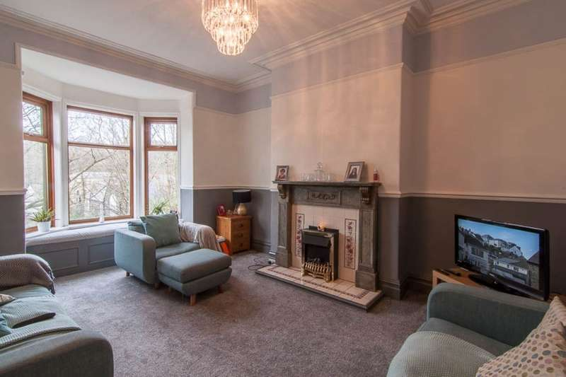 4 Bedrooms Terraced House for sale in Woodlea Bank, Rossendale, BB4