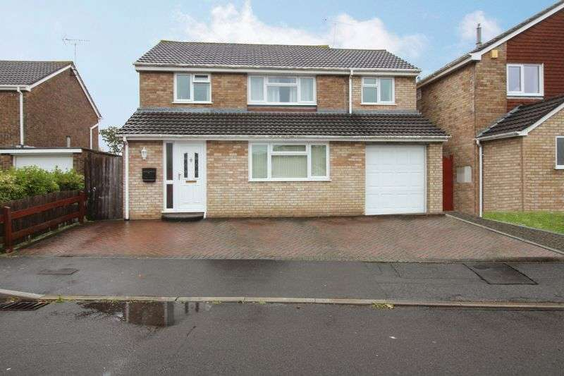 4 Bedrooms Property for sale in Ash Hayes Drive Nailsea, Bristol