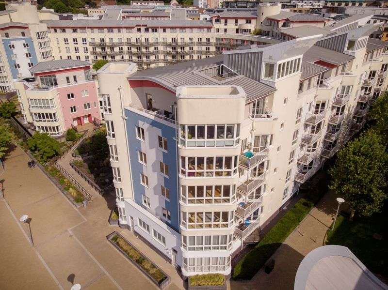 1 Bedroom Property for sale in Hannover Quay, Bristol