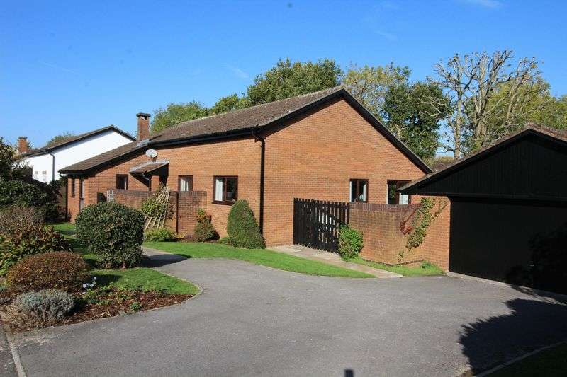 4 Bedrooms Property for sale in White Oak Way, Nailsea