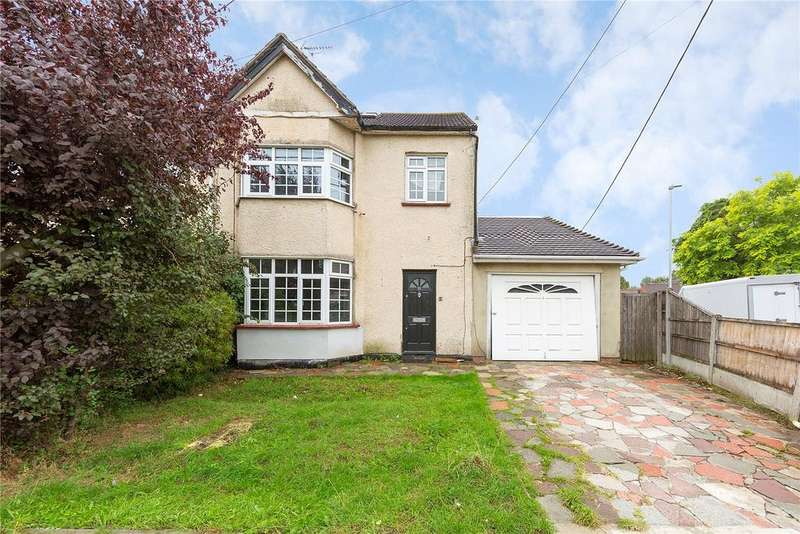 4 Bedrooms Semi Detached House for sale in Bruce Grove, Wickford, Essex, SS11