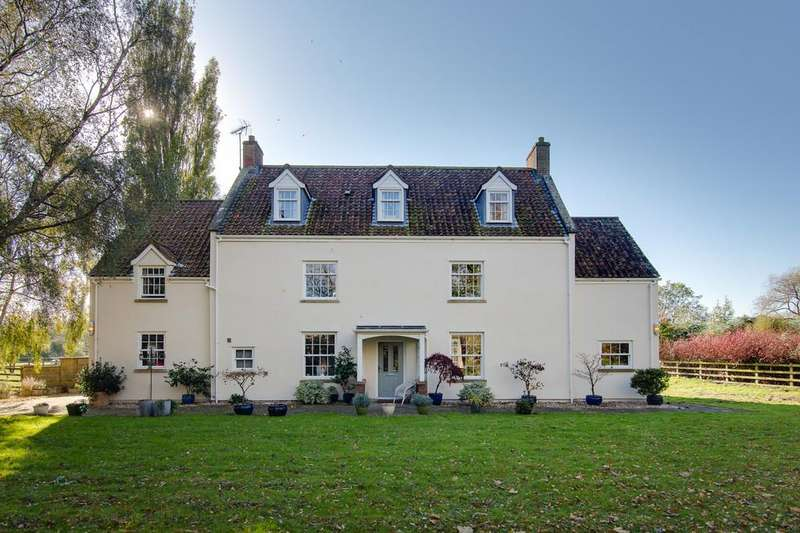 5 Bedrooms Farm House Character Property for sale in Superb central yet rural Congresbury location