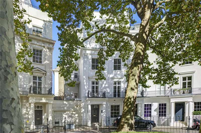 3 Bedrooms Maisonette Flat for sale in Brompton Square, London, SW3