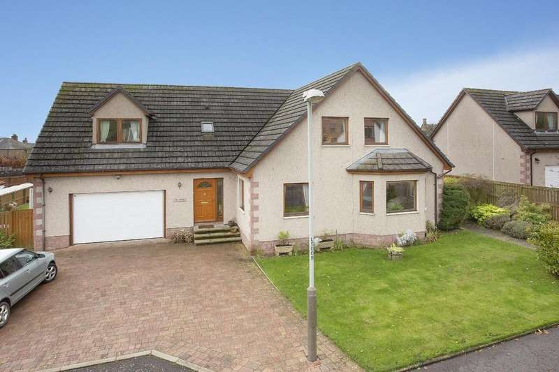 4 Bedrooms Detached House for sale in Denwell Court, Alyth