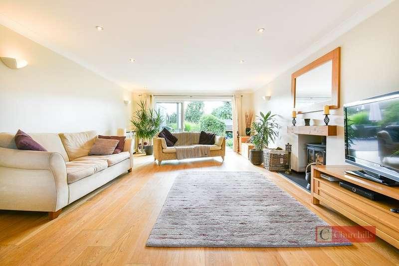 5 Bedrooms Detached House for sale in Stortford Road, Standon, Ware