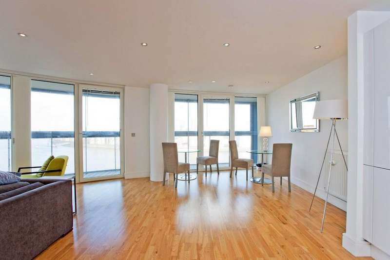 2 Bedrooms Flat for sale in Dowells Street, London SE10