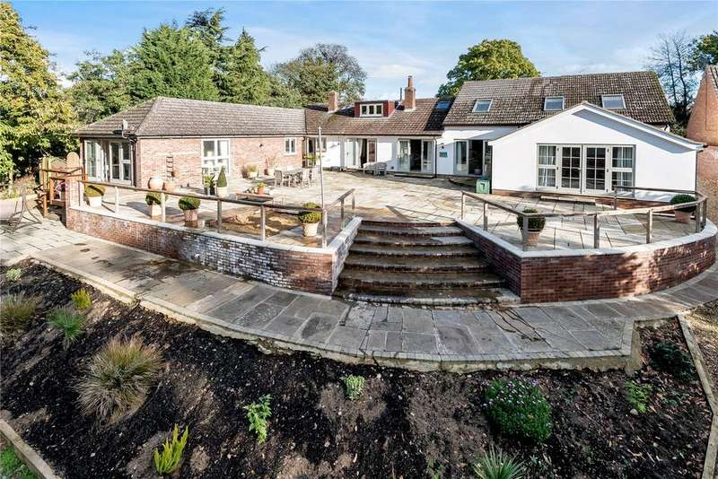 6 Bedrooms Detached House for sale in Private Road, Martlesham, Woodbridge, Suffolk, IP12
