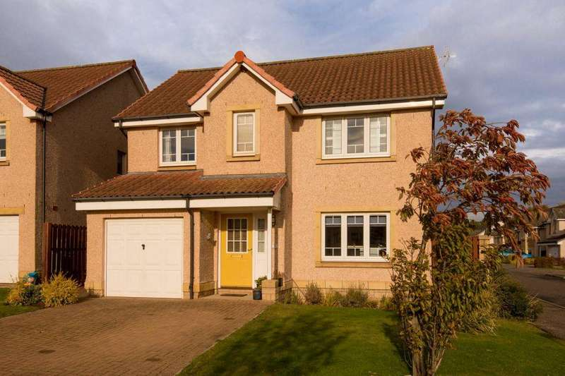 4 Bedrooms Detached House for sale in 51 Moray Avenue, Dunbar, EH42 1QG