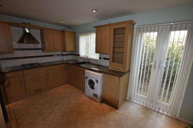 3 Bedrooms Terraced House for sale in Templar Drive, North Thamesmead, SE28 8PH