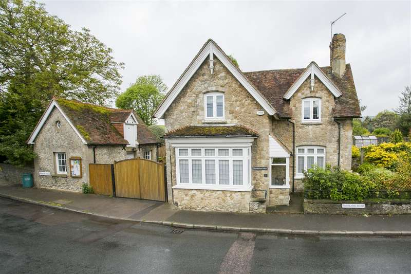 3 Bedrooms Detached House for sale in Snodland Road, Birling, West Malling