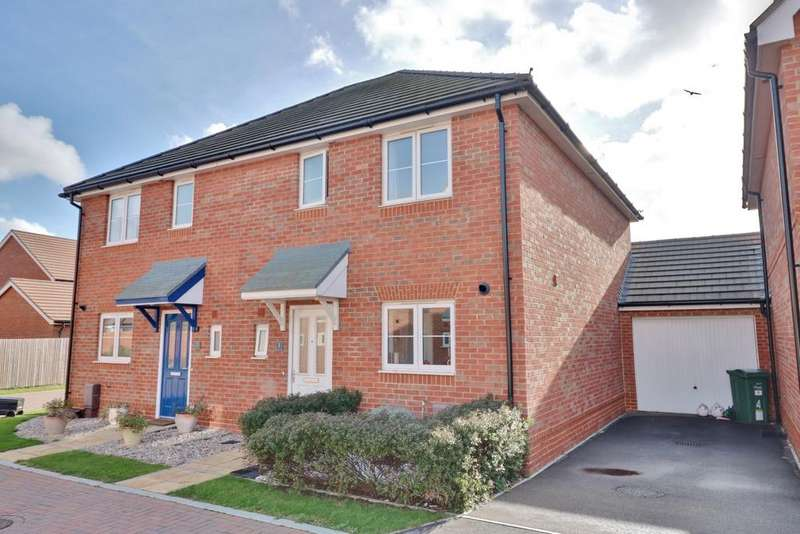 3 Bedrooms Semi Detached House for sale in Church Way, Portsmouth
