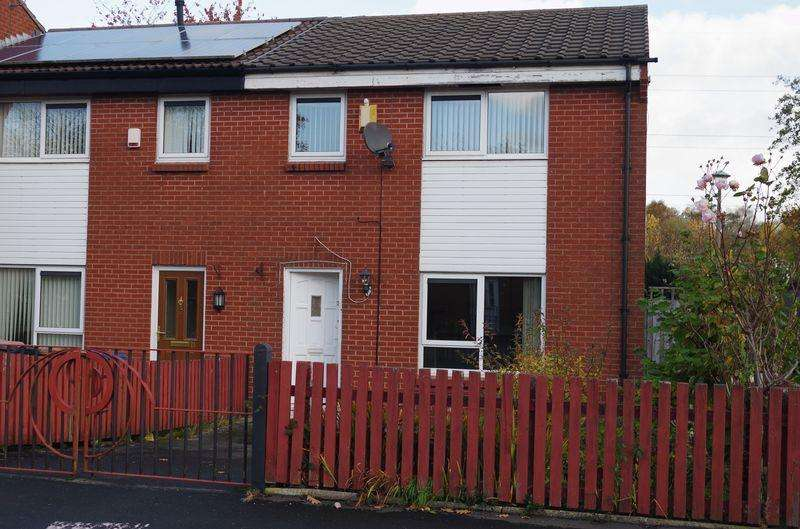 3 Bedrooms Semi Detached House for sale in Chedworth Crescent, Manchester