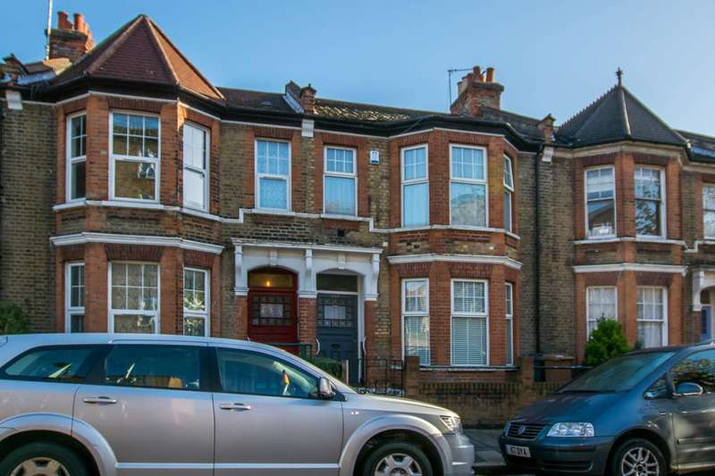 4 Bedrooms Terraced House for sale in Mount Pleasant Lane, Clapton, E5