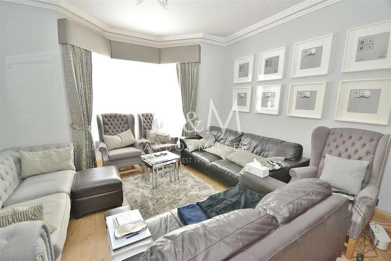 5 Bedrooms Terraced House for sale in Thorold Road, Ilford