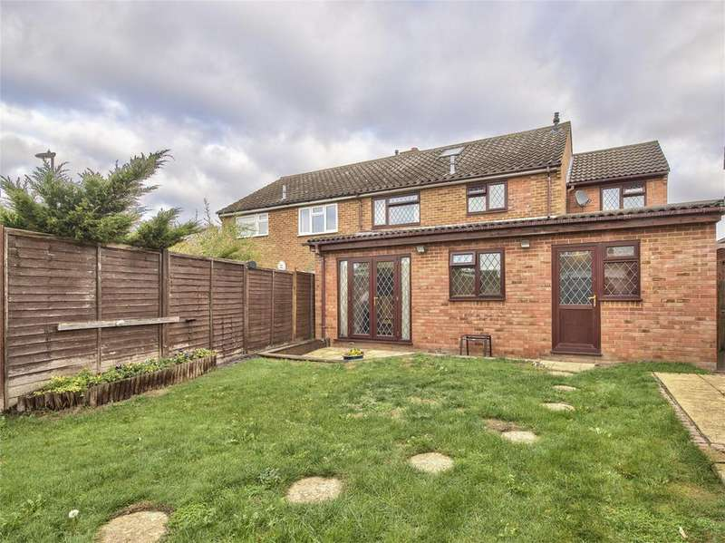 4 Bedrooms Semi Detached House for sale in Longsands Road, St. Neots, Cambridgeshire