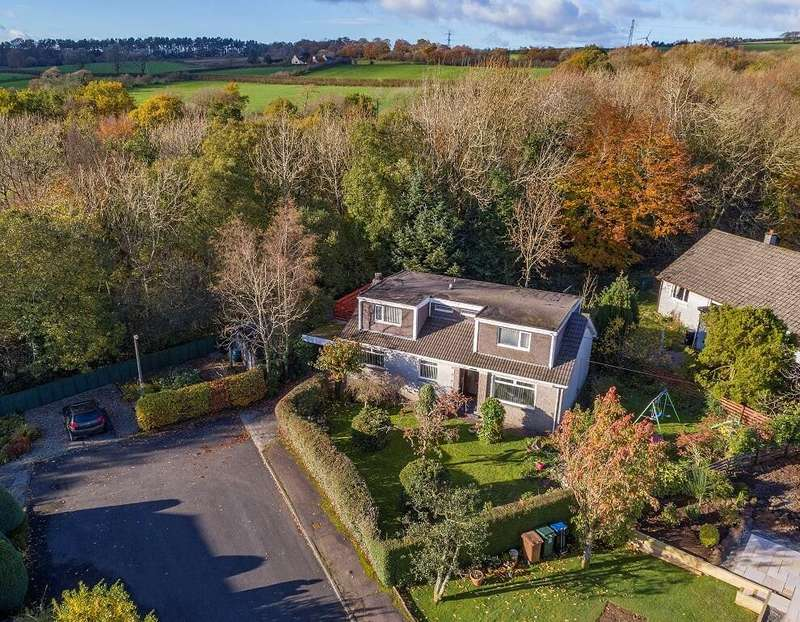 5 Bedrooms Detached Villa House for sale in Clearmount Avenue, Newmilns, KA16
