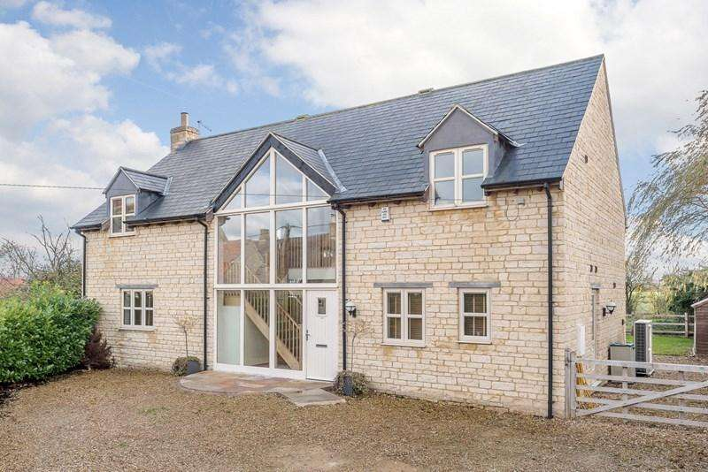 4 Bedrooms Detached House for sale in Upper Benefield, PE8