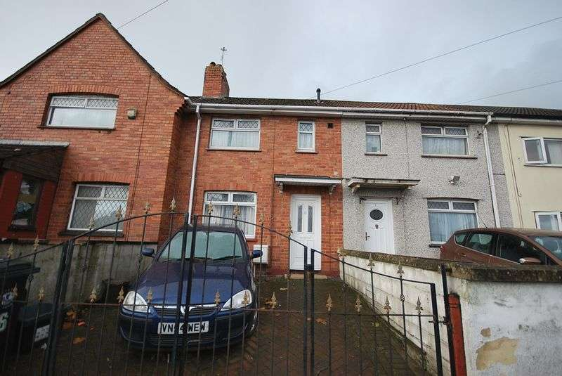 Property for sale in Ilminster Avenue Knowle, Bristol