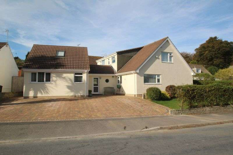 5 Bedrooms Property for sale in Penkernick Way, St. Columb
