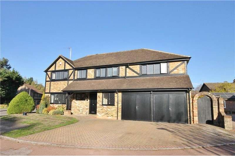 4 Bedrooms Property for sale in Lyndhurst Close, Bracknell, Berkshire, RG12 9QP