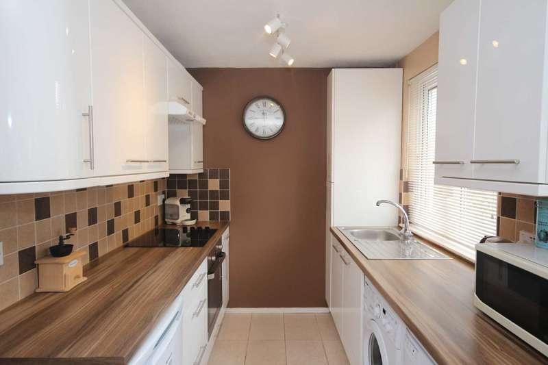 1 Bedroom Maisonette Flat for sale in Bucklebury, Bracknell