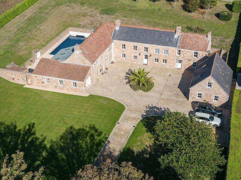 5 Bedrooms House for sale in La Rue Rouge Cul, Jersey