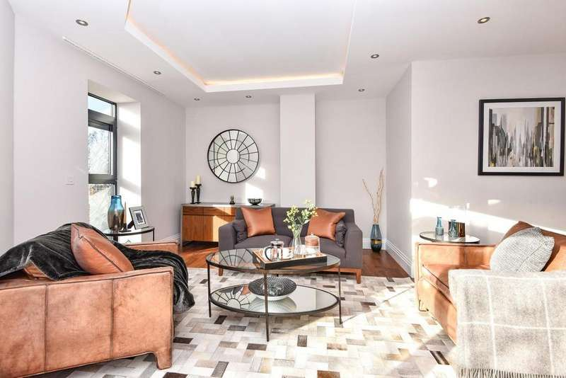 3 Bedrooms Flat for sale in Muswell Hill, Muswell Hill