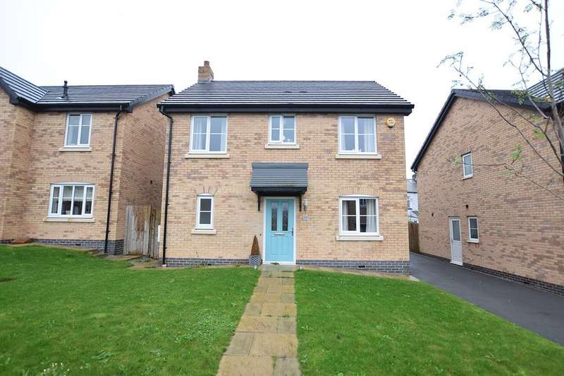 4 Bedrooms Detached House for sale in Millbank Crescent, Burnley BB10