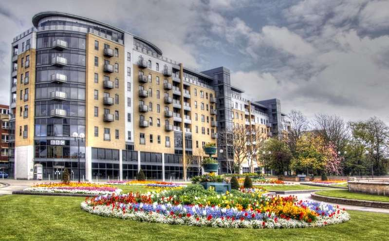 2 Bedrooms Apartment Flat for sale in Queens Court, City Centre