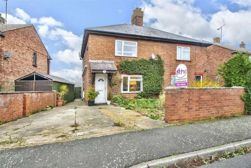 3 Bedrooms Semi Detached House for sale in West Avenue, Ramsey, Huntingdon, Cambridgeshire