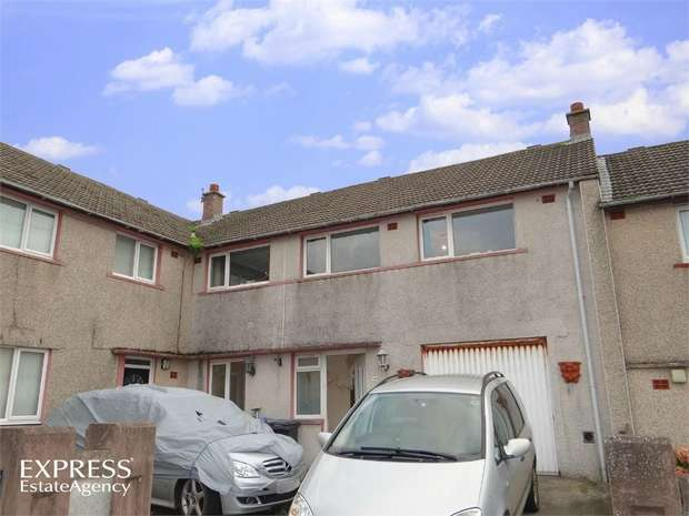5 Bedrooms Terraced House for sale in Grasmere Avenue, Workington, Cumbria