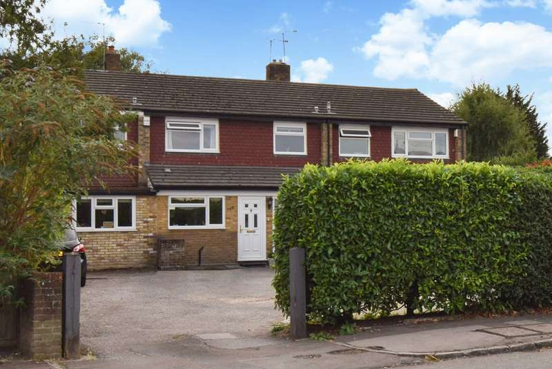 3 Bedrooms Terraced House for sale in Gore Road, Burnham, SL1