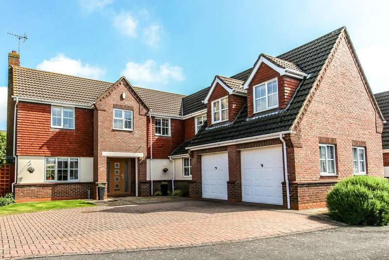 5 Bedrooms Detached House for sale in Clumber Drive, Spalding