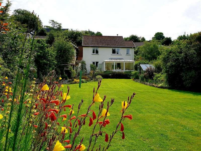 3 Bedrooms Detached House for sale in Lerryn, Lostwithiel, Cornwall, PL22