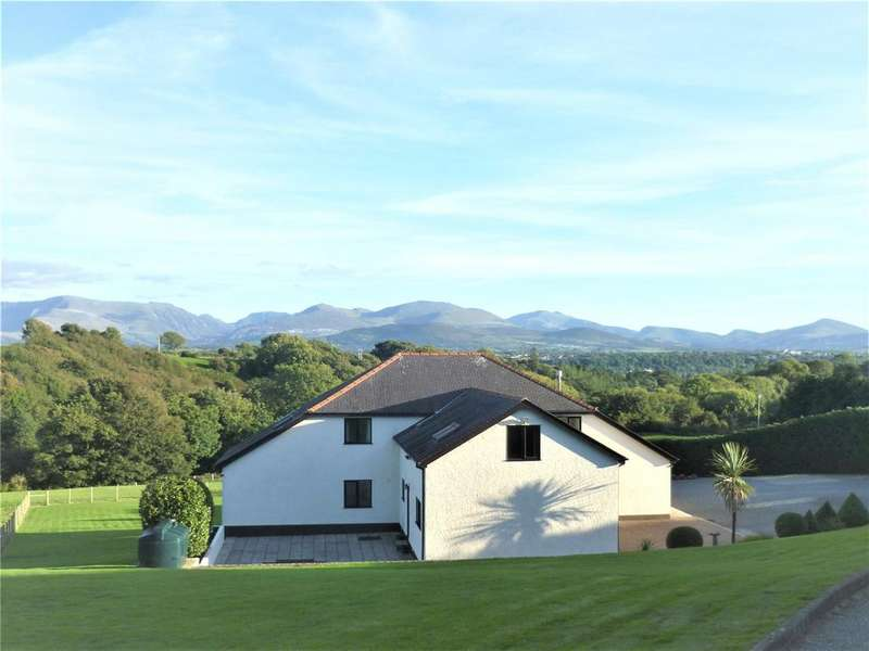 5 Bedrooms Detached House for sale in Lon Ganol, Llandegfan, Menai Bridge, Anglesey