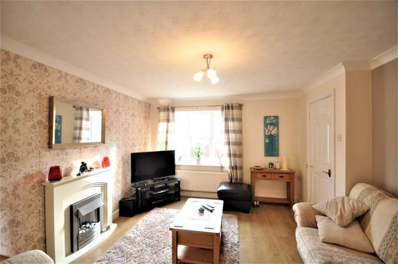 4 Bedrooms Detached House for sale in West Meadow, Lea, Preston, Lancashire, PR2 1YX