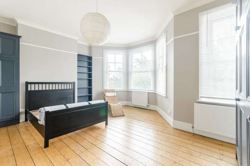 6 Bedrooms Terraced House for sale in Mildenhall Road, Clapton, E5