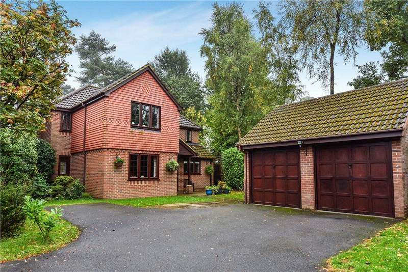 4 Bedrooms Detached House for sale in Theobalds Way, Frimley, Camberley, Surrey, GU16