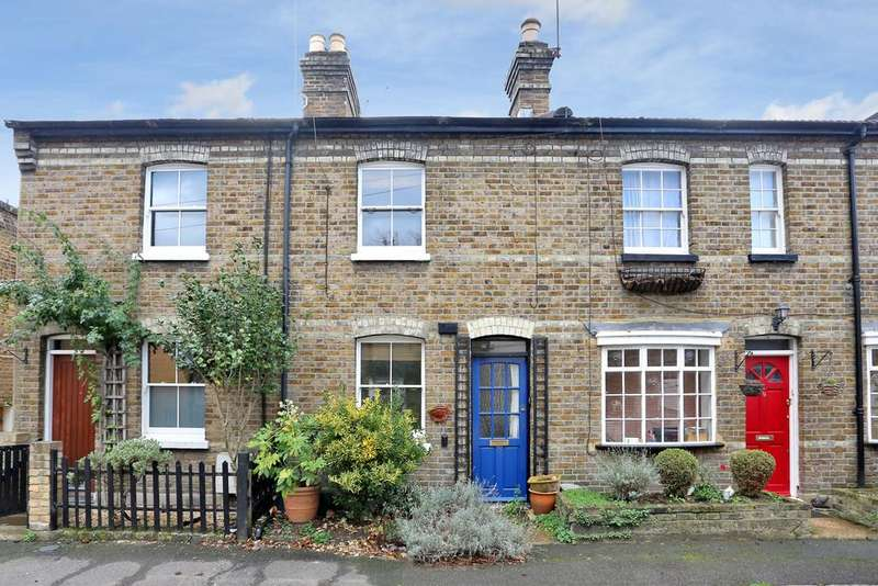2 Bedrooms Cottage House for sale in Queens Terrace Cottages, Hanwell, W7