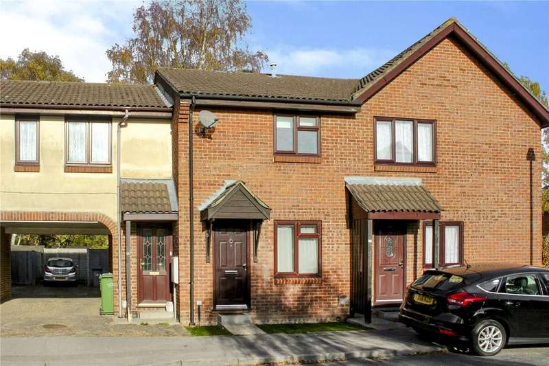 2 Bedrooms Terraced House for sale in Chisbury Close, Forest Park, Bracknell, Berkshire, RG12