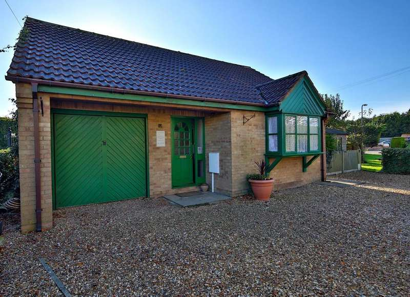 5 Bedrooms Detached Bungalow for sale in Church Lane, North Kyme LN4