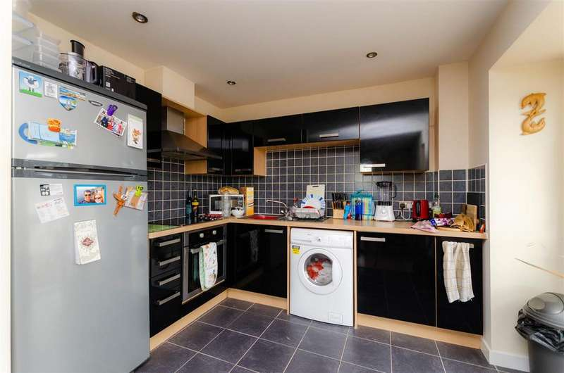 2 Bedrooms Apartment Flat for sale in Solario Road, Costessey, Norwich