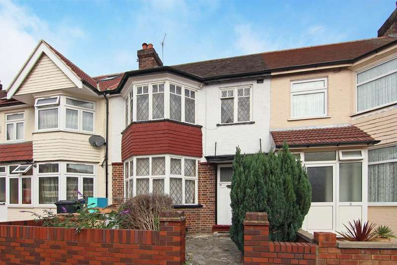3 Bedrooms House for sale in Court Way, London
