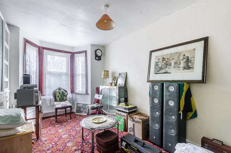 6 Bedrooms Semi Detached House for sale in Barry Road, East Dulwich, SE22