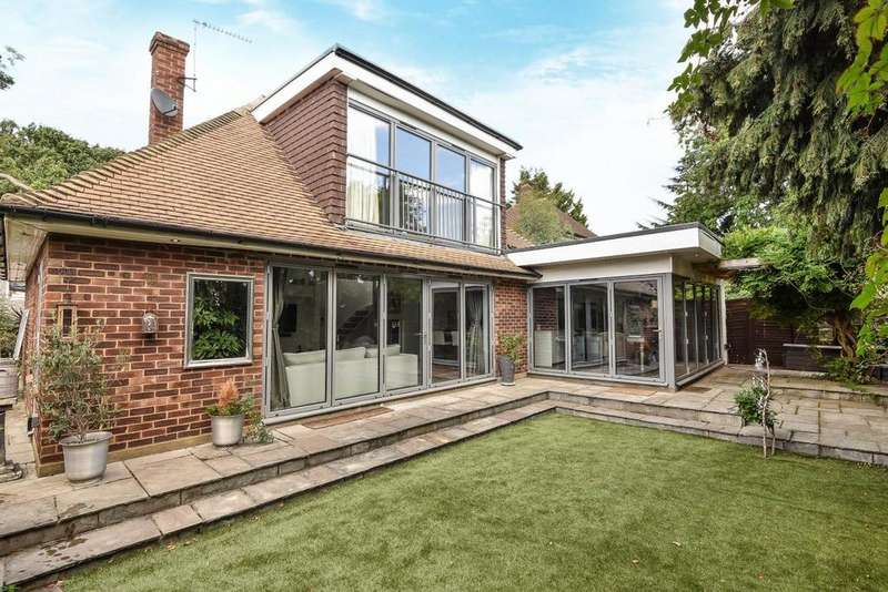 3 Bedrooms Detached House for sale in Grand Drive, Raynes Park