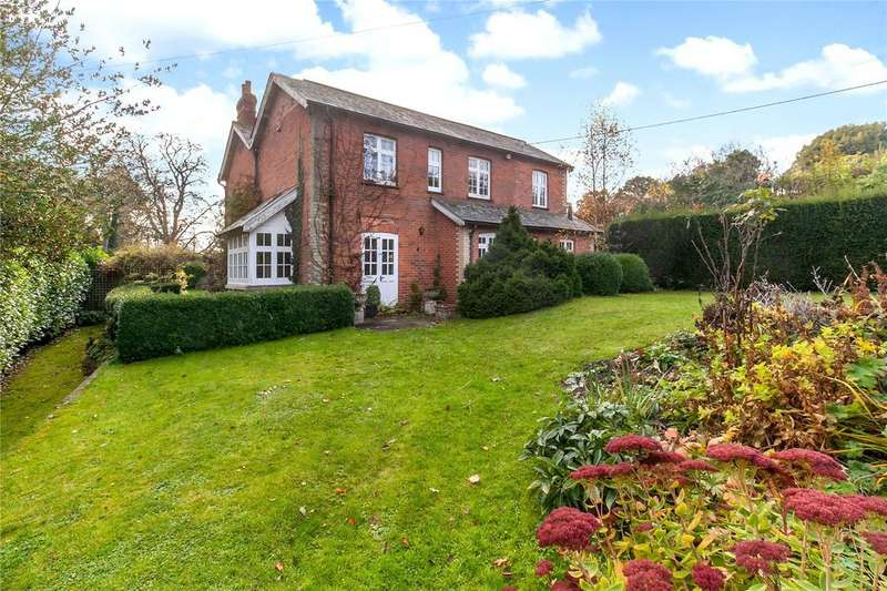 5 Bedrooms Detached House for sale in Binley, Andover, Hampshire, SP11