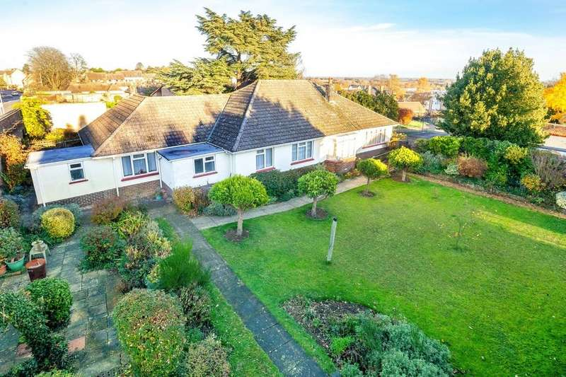 4 Bedrooms Detached Bungalow for sale in Brays Lane, Ely, Cambridgeshire, CB7
